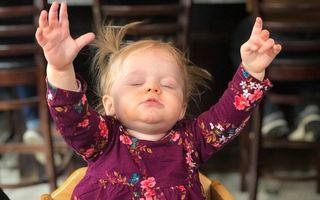 Aşa arată fericirea: Reacţia genială a unei fetiţe după ce a mâncat prima oară pizza