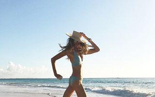 O zi din viaţa unui supermodel: Obiceiurile la care Elle Macpherson nu renunţă