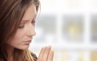 De ce merită să te îndrăgostești de o femeie care crede în spiritualitate