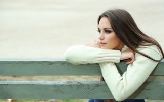 Cum să faci diferența între tristețe și depresie
