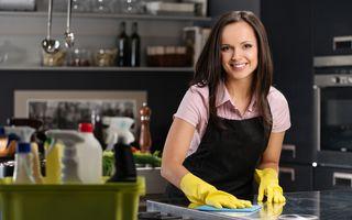 5 trucuri ca să faci curățenie în bucătărie în 5 minute