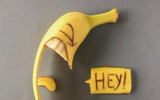 """""""Festivalul"""" galben: Zeci de banane decorate în fel şi chip"""