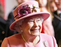 Secretul anti-îmbătrânire care o ajută pe Regina Angliei să nu-şi arate vârsta