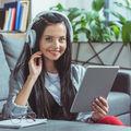 Ce se întâmplă dacă asculți muzică la muncă?
