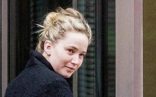 Jennifer Lawrence, fără machiaj: Vedeta a ieşit pe stradă în pijamale