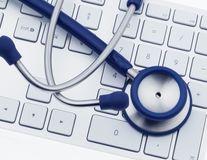 Ce părere au doctorii despre diagnosticul pe care ți-l pui singur cu ajutorul internetului