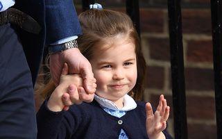"""Frumoasă ca o """"păpuşă"""": Prinţesa Charlotte a împlinit 3 ani"""