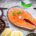 Somonul de crescătorie este unul dintre cele mai toxice alimente