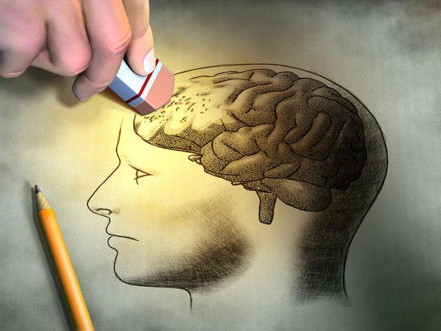 Cum să recunoști semnele bolii Alzheimer la persoanele apropiate