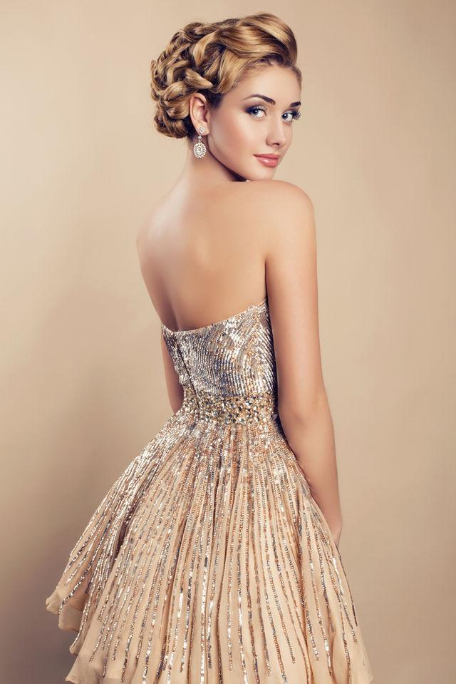 5 rochii elegante pe care orice femeie ar trebui să le aibă