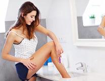 10 remedii naturale pentru iritaţiile după epilat sau ras