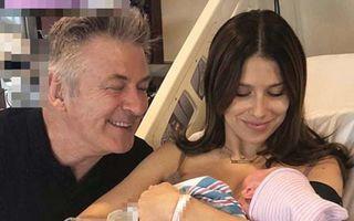Alec Baldwin a devenit tată pentru a cincea oară - FOTO