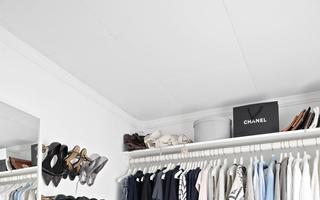 Cum să-ți organizezi perfect hainele, pantofii și accesoriile. 30 de idei
