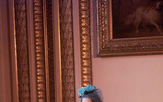 25 de ținute de nuntă purtate de-a lungul timpului de Regina Elisabeta a II-a