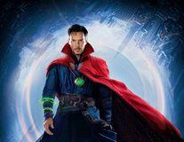 Benedict Cumberbatch, erou ca-n filme: A salvat un biciclist care era tâlhărit în Londra