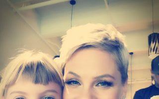 Fiica în vârstă de 7 ani a lui Pink și-a vopsit părul mov