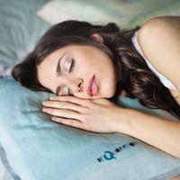 Poziția corectă de somn: cum e bine să dormi dacă ai anumite probleme medicale?