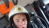 Pompierul erou care a reuşit un miracol: Cum a salvat o femeie care a sărit de la etaj - VIDEO