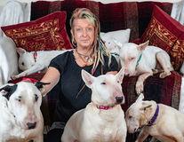 """Ultimatumul unui soţ: """"Ori eu, ori câinii!"""". Iar femeia a ales cu toată inima"""