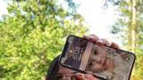 A găsit un iPhone X într-un râu: Telefonul funcţiona după două săptămâni!