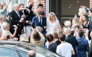 Adio, Johnny Depp! Vanessa Paradis, în sfârşit mireasă