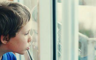O nouă analiză de sânge poate depista autismul la copii