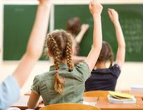 De ce nu le place școala copiilor și ce e de făcut