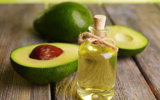 Ce beneficii are uleiul de avocado dacă îl aplici pe păr?