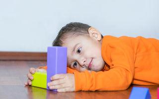 Copiii care suferă de autism au o structură diferită a creierului, arată un studiu nou