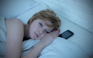 8 locuri în care să nu ții niciodată telefonul mobil
