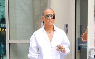 Ținuta lui Jennifer Lopez, ironizată de un bărbat, a devenit virală