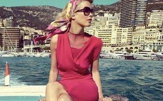 Claudia Schiffer, fotografie incredibilă pe plajă: Poza care a făcut valuri pe Instagram
