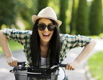 10 lucruri la care trebuie să renunţi pentru a fi cu adevărat fericită