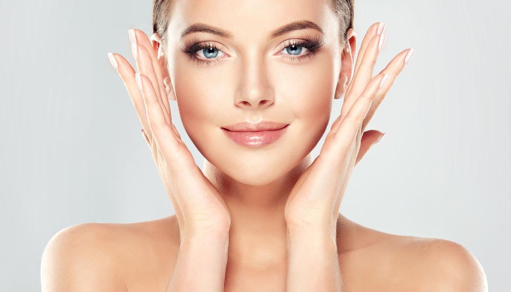 8 măști faciale care eliberează porii și lasă tenul perfect curat