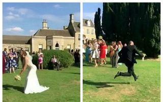 Campion la sprint: Reacția unui bărbat când iubita lui a prins buchetul miresei la nuntă