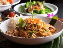 7 sfaturi pentru a găti mai sănătos mâncarea thailandeză
