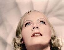 Trecutul prinde viață: 20 de portrete alb-negru transformate în imagini color