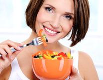 Cum să mănânci ieftin și sănătos de 5 ori pe zi