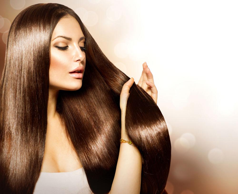 6 greșeli care afectează strălucirea părului tău