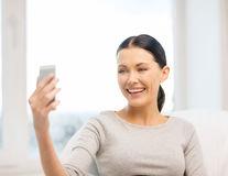 Cum îți afectează smartphone-ul corpul și mintea