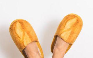 Cei mai ciudați papuci: Se vând ca pâinea caldă!