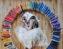 Ai carte, ai parte de cele mai tari poze: Aceste imagini cu cărți au creat un fenomen pe Instagram