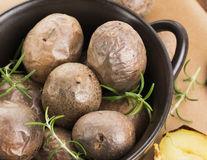 Cum să transformi un cartof copt într-o cină: 11 idei