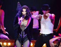 Cum reușește Cher să se mențină în formă la 72 de ani