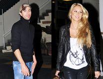 """Enrique Iglesias și Anna Kurnikova, mai fericiți de când au gemeni: """"Sexul e mai bun ca niciodată, asta avem la micul dejun"""""""