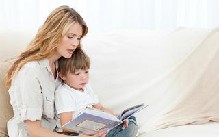 Cu cât îl expui pe bebeluș mai repede la a doua limbă, cu atât mai inteligent va fi