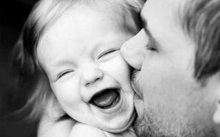 O poză cât o mie de cuvinte: Relaţia tată-fiică în 20 de imagini sugestive