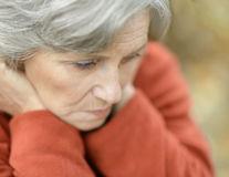 5 întrebări pe care să le pui când un membru al familiei este diagnosticat cu demență sau Alzheimer