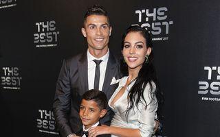 Cristiano Ronaldo s-a logodit: Iubita lui își caută rochie de mireasă