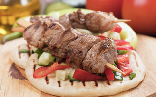 12 preparate pe care trebuie să le încerci la un restaurant cu specific grecesc